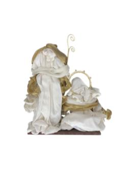 Sagrada Família com veste em cor natural e dourado