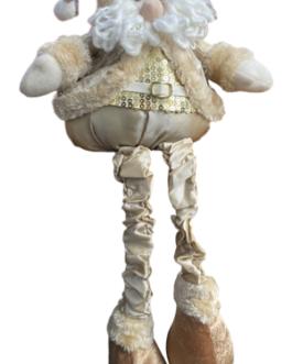 Papai Noel Sentado com casaco Champg estampado e colete com lantejoulas