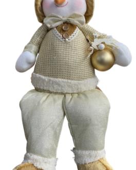 Boneco de Neve Sentado com casaco Champagne e dourado, segurando bola com rena natalina